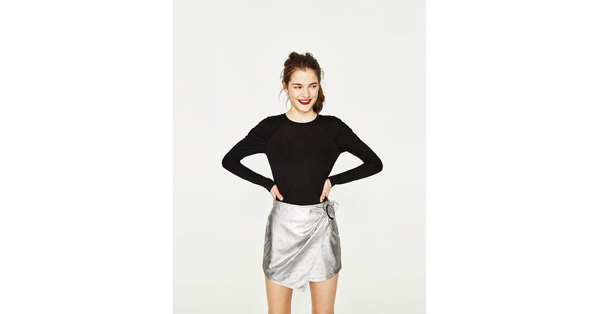 Zara puff sleeve striped t shirt in black lyst for Zara black t shirt dress