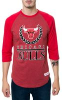 Mitchell & Ness The Chicago Bulls Laurel Raglan - Lyst