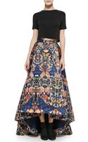 Alice + Olivia Short-sleeve Crewneck Crop Top  Cohe Printed Asymmetric Skirt - Lyst