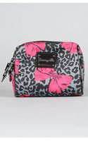 Betsey Johnson The Betseyville Cheetah Bows Sm Cosmetic Bag - Lyst
