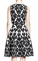 Alexander McQueen Sleeveless Fitandflare Ivypattern Dress - Lyst