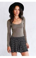 Urban Outfitters Uo Cropped Tee - Lyst