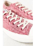 Converse X Uo Chuck Taylor All Star Washed Low-Top Women'S Sneaker - Lyst