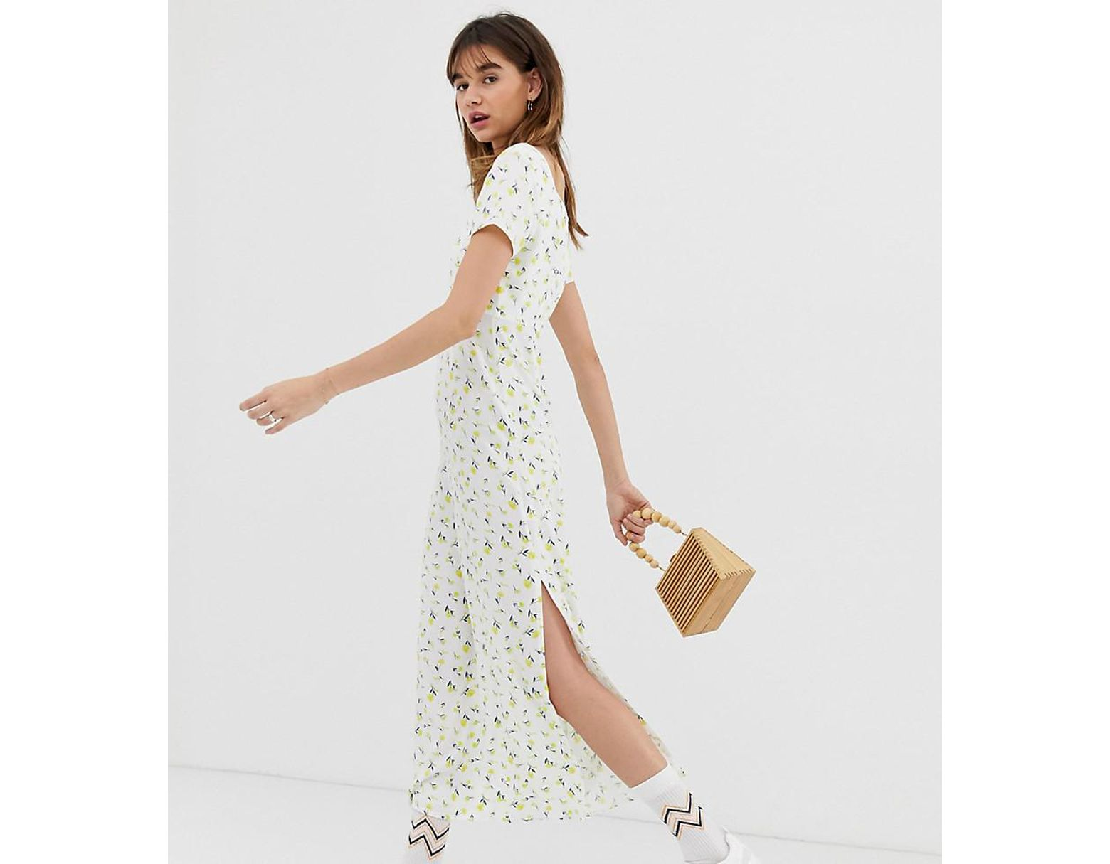 de34d0662a41 Reclaimed (vintage) Inspired Square Neck Midi Dress In Ditsy Floral Print -  Lyst