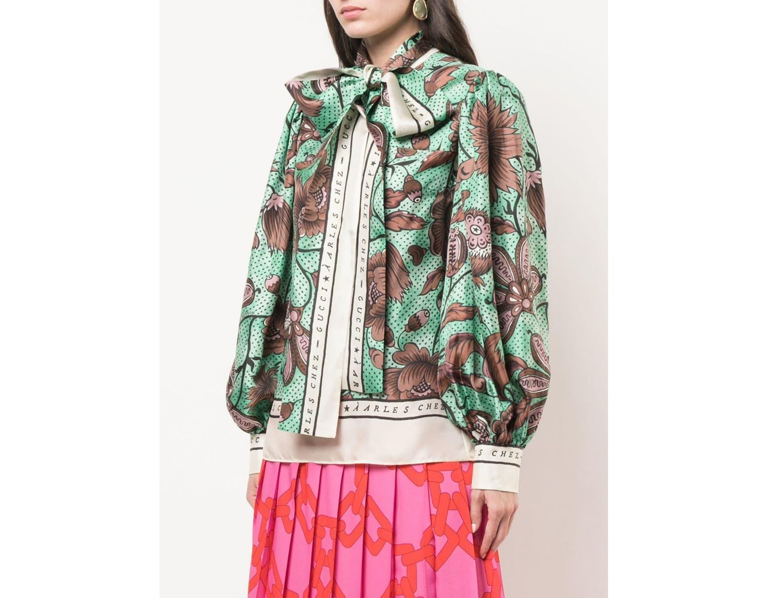 79162c314 Gucci Pussy-bow Blouse in Green - Lyst