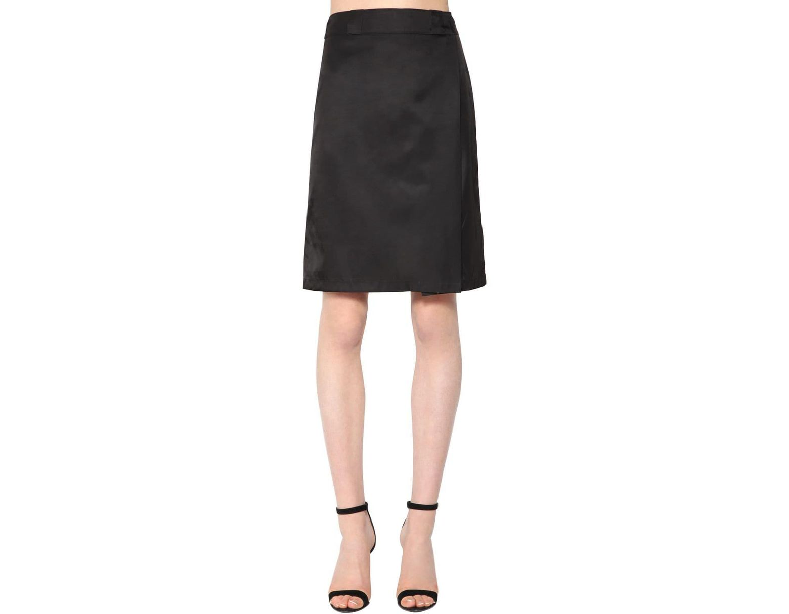 9b3272c88 Prada Nylon Gabardine Skirt in Black - Lyst
