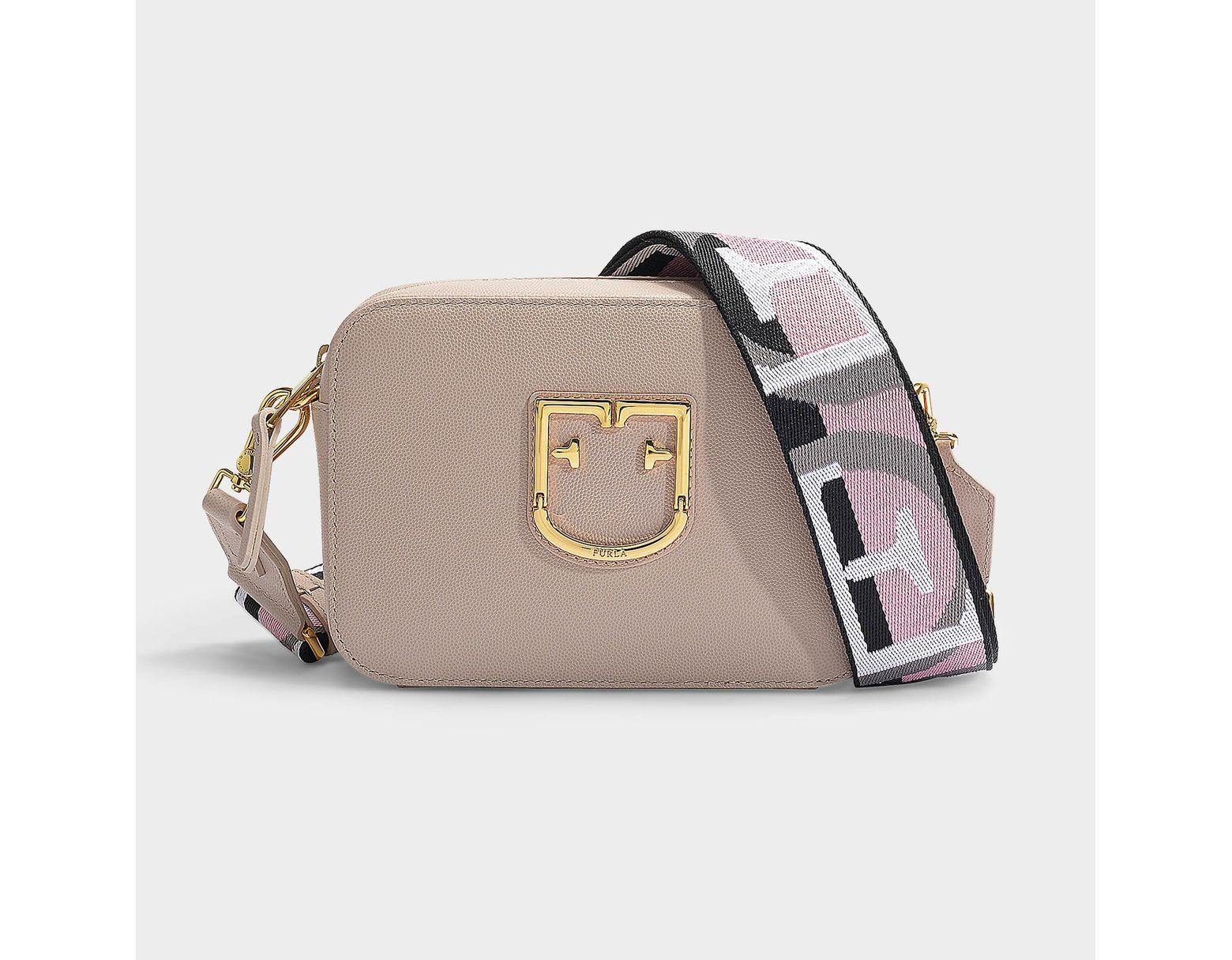 f91c54a88729c Furla Mini Tasche Crossbody Brava aus beigem Kalbsleder in Natur - Sparen  Sie 30% - Lyst