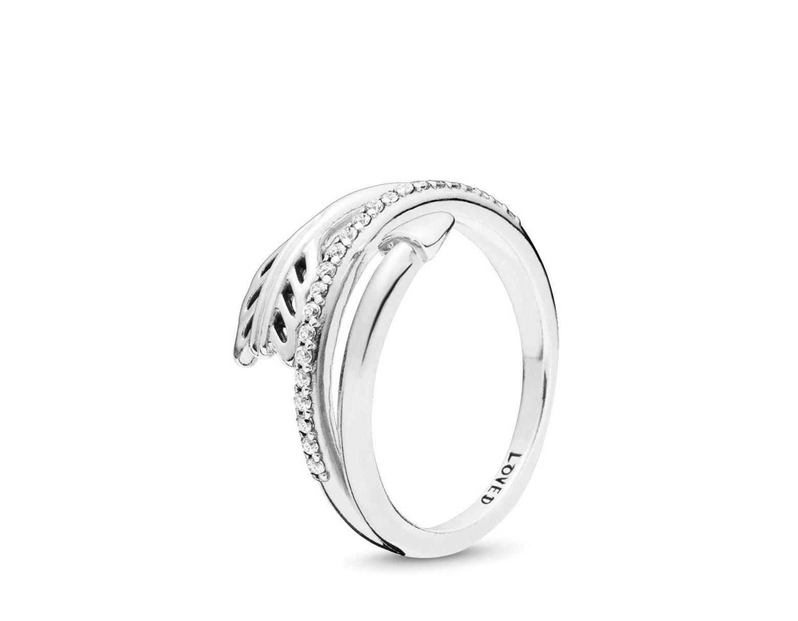 c4bf5e593df17 Women's Metallic Sparkling Arrow Ring