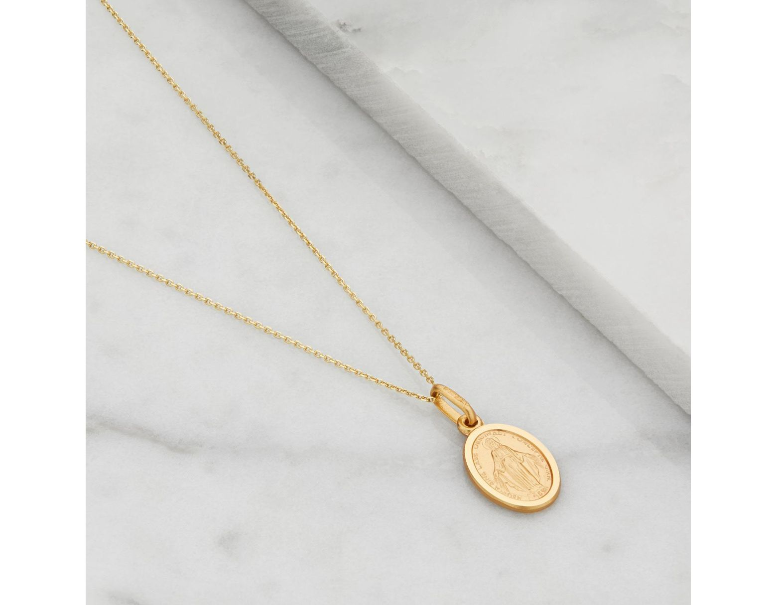 f2a9f08bff3c6 Women's Metallic Small Solid Gold Oval Virgin Mary Necklace