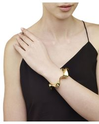Arme De L'Amour | Metallic Ribbon Circle Bracelet | Lyst