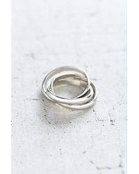 Urban Outfitters Metallic Stay Linked Ring