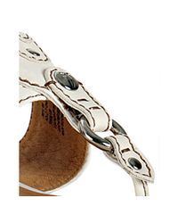 Frye | White Leather Holly Thong Sandals | Lyst