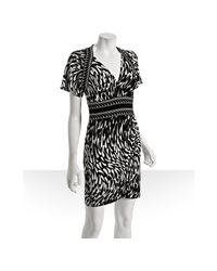 BCBGMAXAZRIA | Black Jersey Droplet Print V-neck Dress | Lyst