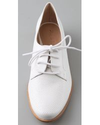 Pour La Victoire - White Colbi Perforated Oxford Flats - Lyst