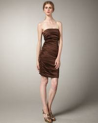 Alice + Olivia | Brown Evangaline Ruched Strapless Dress | Lyst