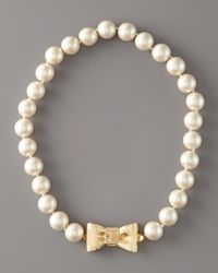 kate spade new york | Natural Bow- Clasp Pearl Necklace | Lyst