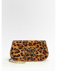 Tory Burch | Brown Ainsley Logo Patent Leather Convertible Clutch | Lyst