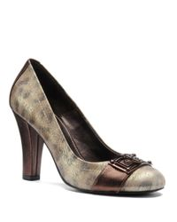 Isola | Brown Ricci Medallion Pumps | Lyst