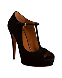 Gucci | Black Suede Betty T-strap Platform Peep Toe Pumps | Lyst