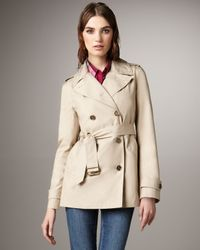 Burberry Brit - Natural Cropped Cotton Trenchcoat - Lyst
