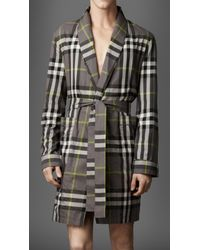 Burberry - Gray Check Dressing Gown for Men - Lyst