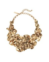 Oscar de la Renta | Metallic Rose Petal Collar Necklace | Lyst