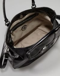 Tory Burch | Black Amanda Patent Classic Hobo Bag | Lyst