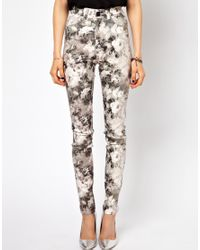 Just female Stroke High Waist Skinny Jeans in Floral Print in ...