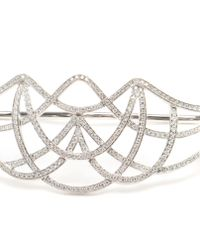 Gaydamak - White Gold And Diamond Ardeko Hand Bracelet - Lyst