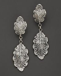 Buccellati | Metallic Oak 1 Small 1 Medium Leaf Pendant Earrings | Lyst