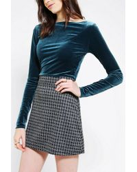 Urban Outfitters - Green Velvet Cropped Top - Lyst