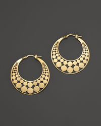 John Hardy | Metallic Dot 18k Yellow Gold Small Side Facing Hoop Earrings | Lyst