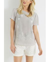 Oasis Gray Flower Embroidered T-shirt