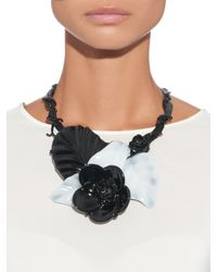 Oscar de la Renta | Black Floral Resin Necklace | Lyst