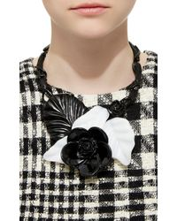 Oscar de la Renta Black And White Resin Flower Necklace