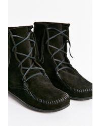 Minnetonka - Black Tramper Boot - Lyst