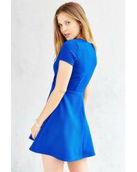 Kimchi Blue | Blue Textured Surplice-front Dress | Lyst