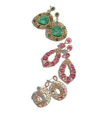 Bavna   18k Yellow Gold Shield Earrings With Diamonds And Green Tourmaline   Lyst