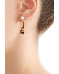 Delfina Delettrez | 9kt Yellow Gold Earring With Bumblebee And Pearl | Lyst