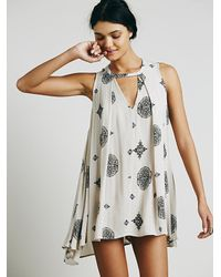 Free People | Gray Sleeveless Retro Print Tunic | Lyst