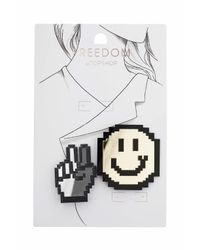 TOPSHOP - Metallic Smiley Face And Peace Brooch - Lyst