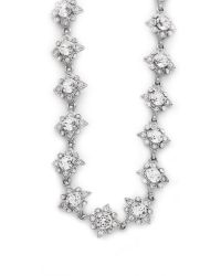 Oscar de la Renta Metallic Delicate Star Necklace - Crystal/silver