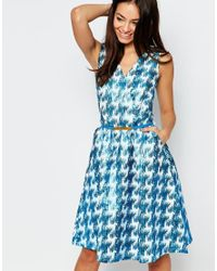 Little Mistress - Blue Fit And Flare Dress In Metallic Dogtooth Print - Lyst