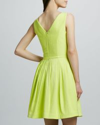 Halston | Green Vneck Fullskirt Dress Lemonade | Lyst