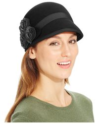 Nine West | Black Felt Cap With Rosettes | Lyst