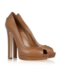 Alexander McQueen | Brown Stitched Leather Peep-Toe Pumps | Lyst