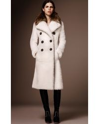 Burberry - White Reverse Shearling Double Breasted Coat - Lyst