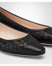 Bottega Veneta Black Light Ballerina In Nero Intrecciato Nappa