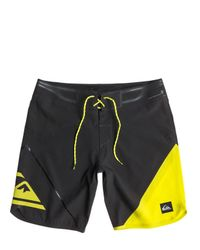 """Quiksilver Yellow 19"""" Ag47 New Wave Bonded Boardshorts for men"""