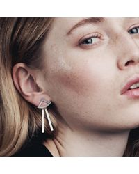Smith/grey | Metallic Drawing Angles Earrings Silver | Lyst